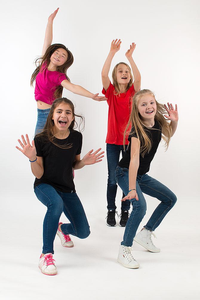 4 barn dansar